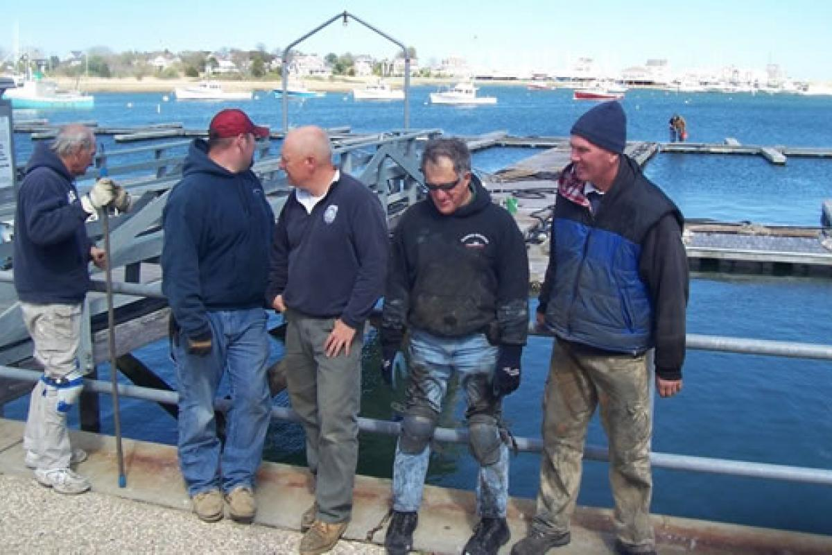 April 2012 – Installing the Cole Parkway and Scituate Marine Park Marina's – It'